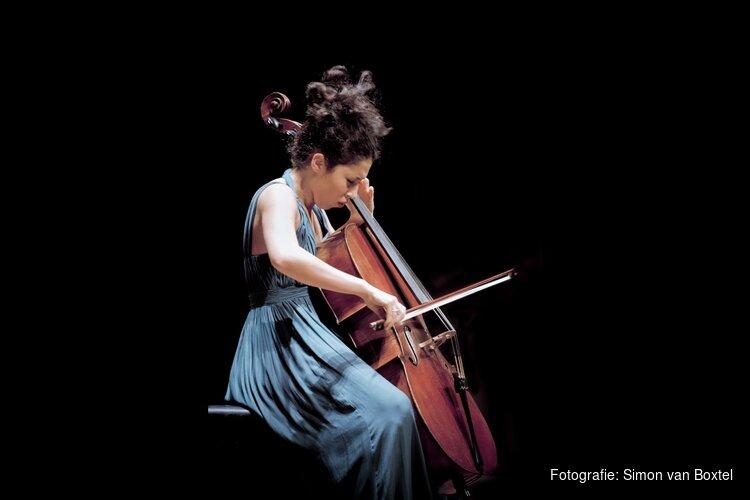 Ella en Nicolas van Poucke (cello en piano) in Goede Rede