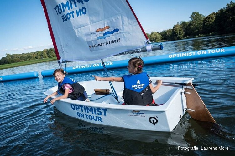 Kinderen maken gratis kennis met de watersport tijdens Optimist on Tour in Almere