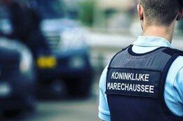 Arrestaties om cocaïne tussen partijen bloemen op Schiphol