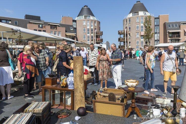 Eindeloos struinen op de grootste brocantemarkt van Flevoland tijdens het Rabobank Almere Haven Festival