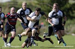 Rugby vereniging Bulldogs Almere biedt bestolen team Zaandijk hulp