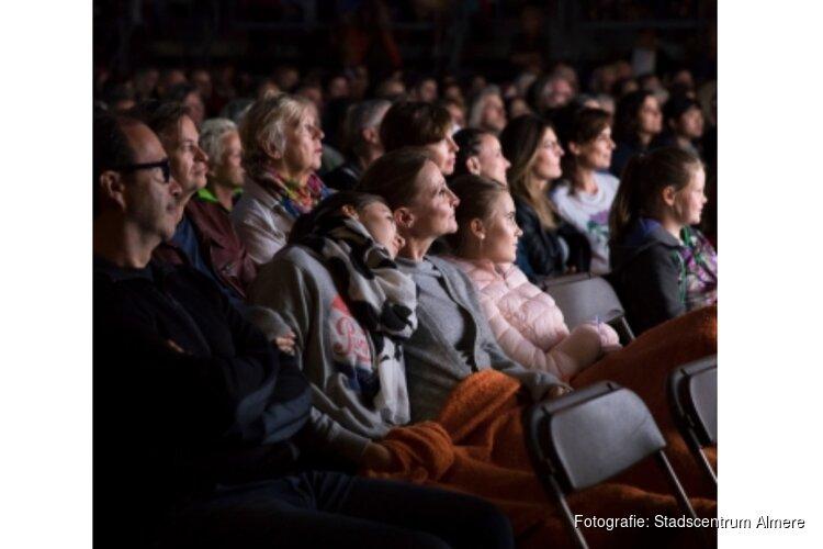 Buitenbioscoop draait Mamma Mia tijdens Uitfestival Almere