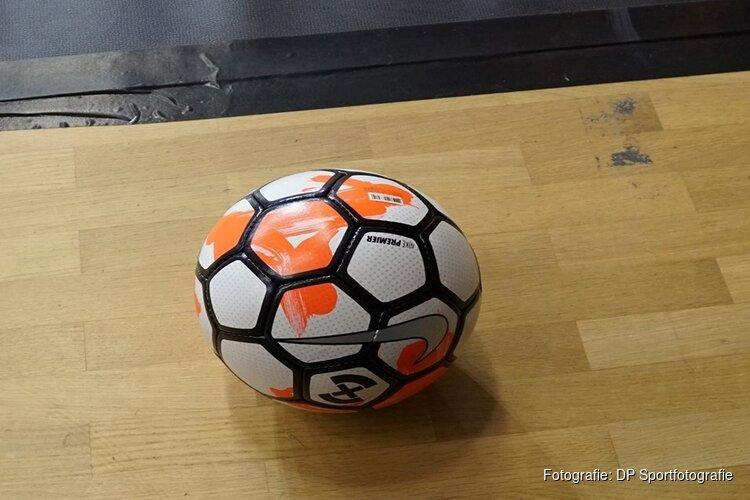 Oranje ontmoet Servië in Almere en Volendam