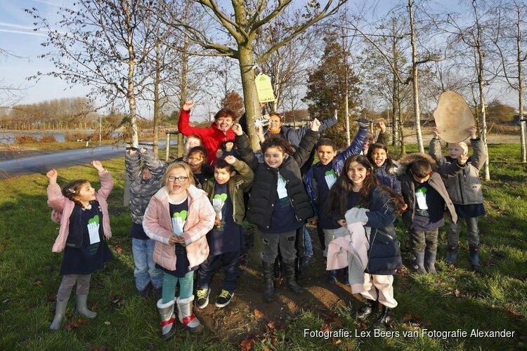 Almeerse scholen adopteren Floriadebomen