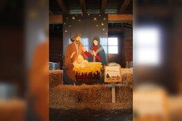 Wollen kerststaltafereel van de Almeerse Wolunie voor stad & natuur