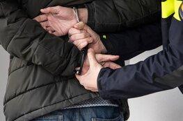Verdachte aangehouden na woninginbraak, tweede verdachte gezocht