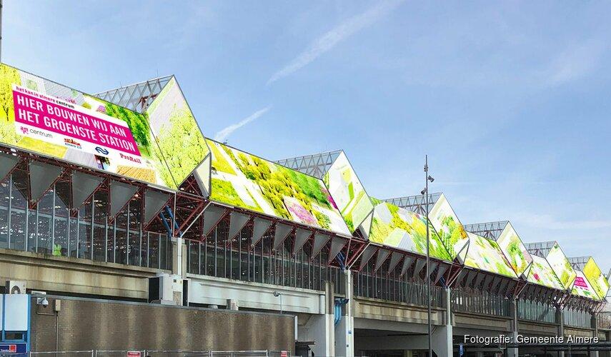 Station Almere Centrum krijgt fraaie doekbedekking