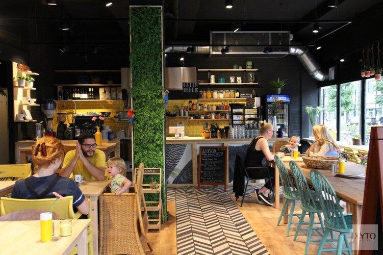 Vegetarisch lunchcafé The Black Cockatoo opent in Almere Centrum