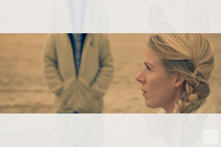 Gitaarsalon de Oostvaarders: Emma Eveline (zang) & Pieter Nanne (gitaar)